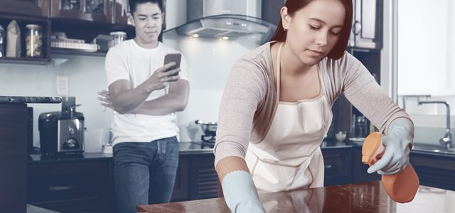 Millennial Dads Ok With Dividing Expenses With Mom But Not Chores, Says Survey